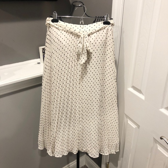 LOFT Dresses & Skirts - LOFT midi skirt